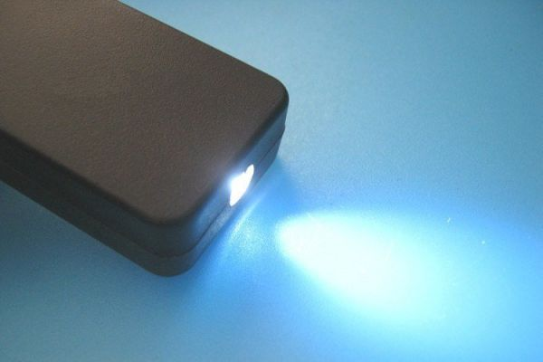 Bausatz - LED Taschenlampe mit Gehäuse - Ramser Elektrotechnik Webshop 2
