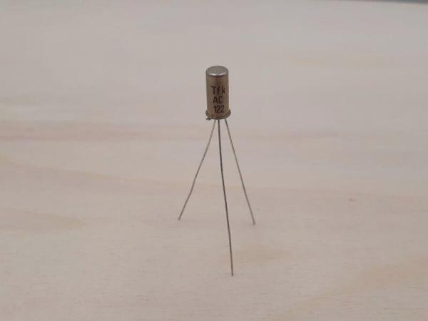 FuzzFace AC122 Germanium Transistor 1 - Ramser Elektrotechnik Webshop